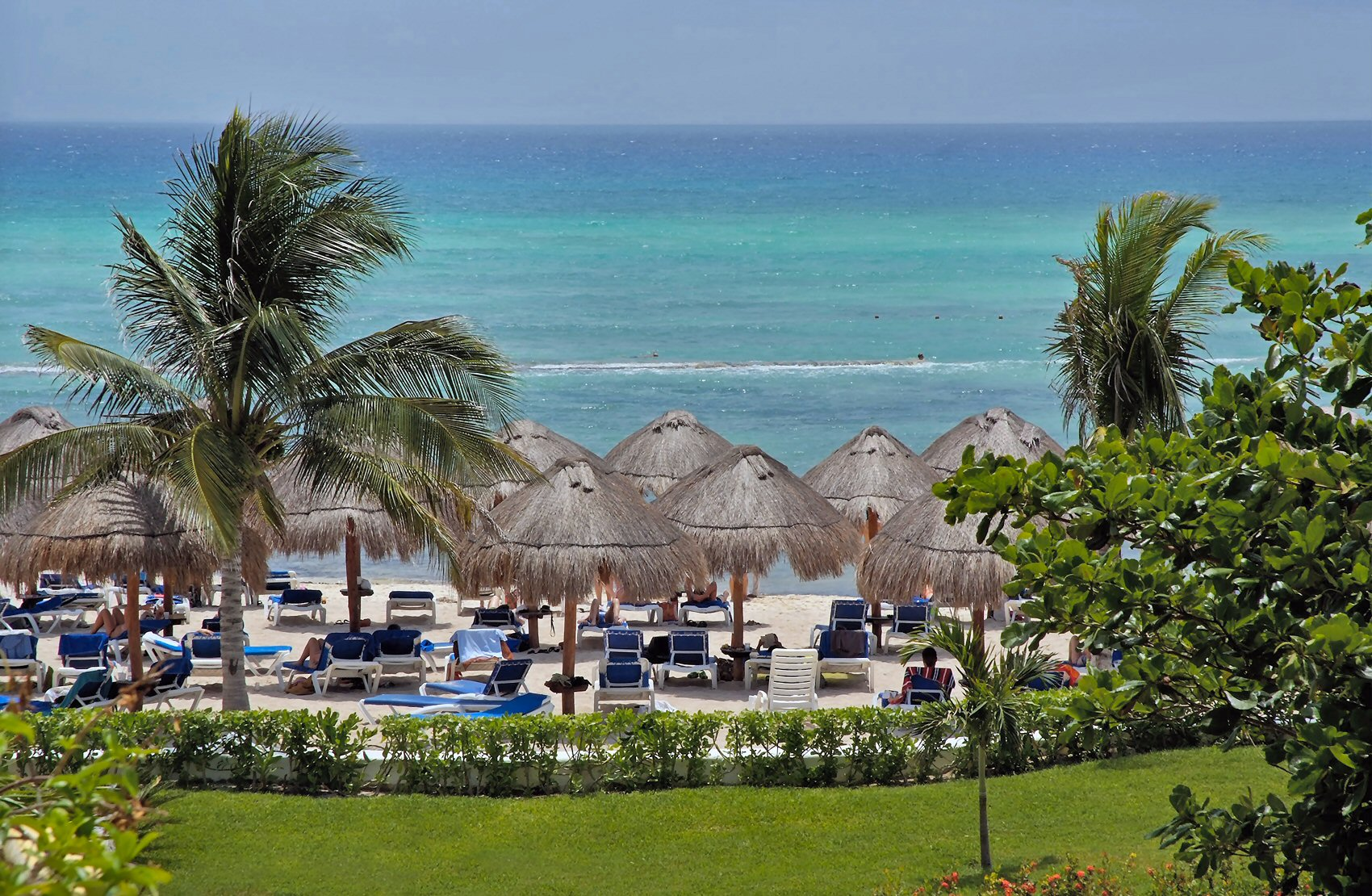CARACOL BEACH VIEW
