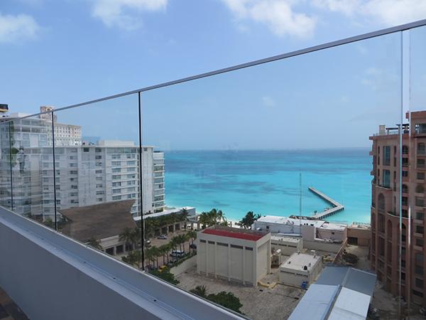 aloft cancun business hotel