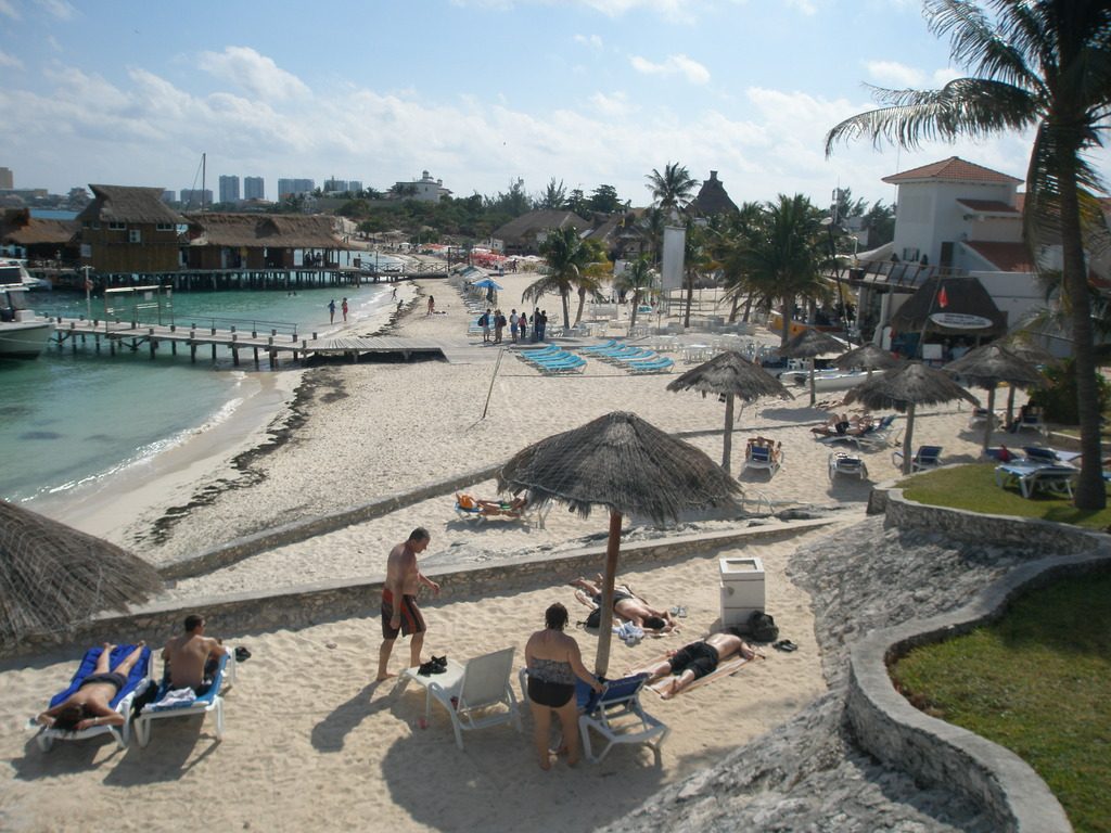 Dos Playas cancun cheap hotel