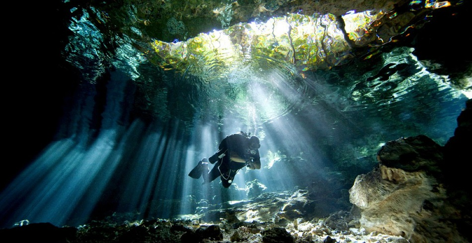 cenotes diving cancun
