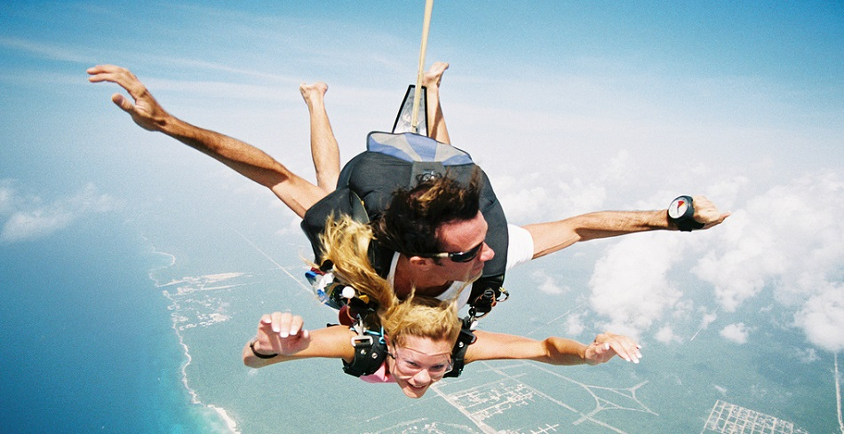 sky diving cancun