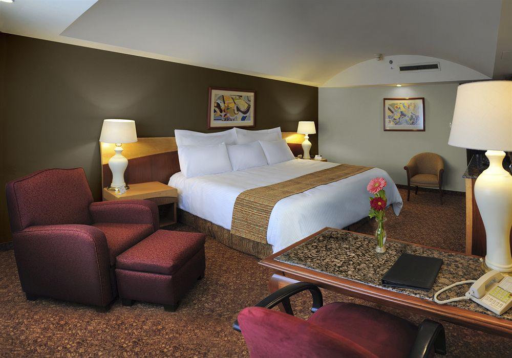 Radisson Hotel Flamingos Mexico City